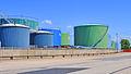 Oil tanks in port of Le Havre (France).jpg