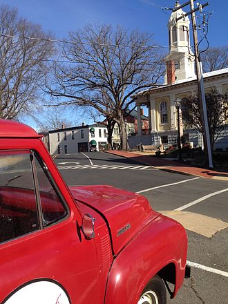 Warrenton, Virginia - Courthouse Square