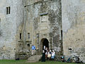Old Wardour Castle - 17th C entrance with crest above.JPG