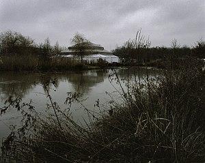 Overzicht, kas, piramidekas, vanaf de overkant van het water - Zwolle - 20382659 - RCE.jpg