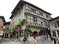 Pérouges - Hostellerie du Vieux Pérouges - place de la Halle (1-2014) 2014-06-22 14.32.40.jpg