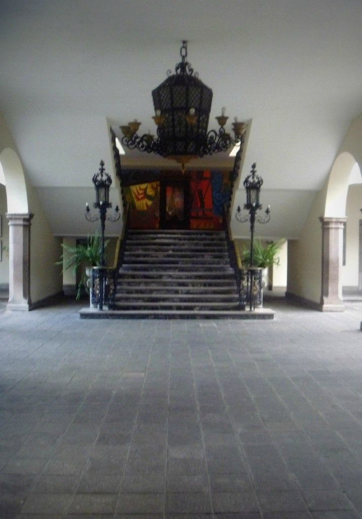 Palacio de Carondelet (Escalera de honor) - Quito DM