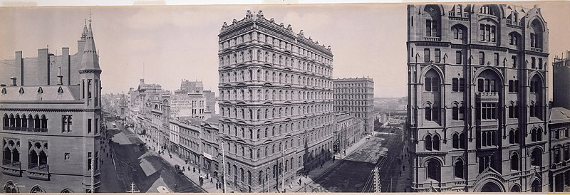 Panorama of the intersection of Collins and Queen Streets, Melbourne, 1903 - by Melvin Vaniman (31568774883).jpg