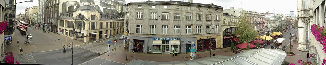 Panoramic photo Piotrkowska Street in Lodz.jpg