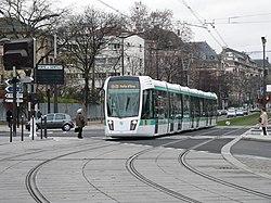 Paris tramway T3 p1140675.jpg