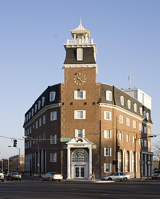 Park Ridge, Illinois - The Chase Bank building at Six Points