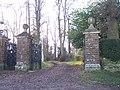 Park Gates to Bredenbury Court - geograph.org.uk - 113427.jpg