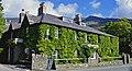 Pen-y-Gwryd Hotel in Snowdonia. (14652690911).jpg