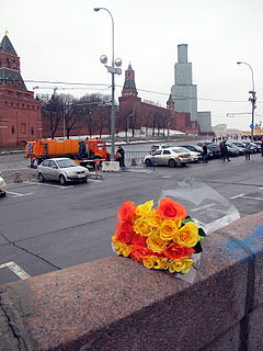 People came to the side of Boris Nemtsov's murder (2015-02-28; 29).JPG