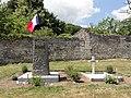Pernant (Aisne) tombes de guerre au cimietière.JPG