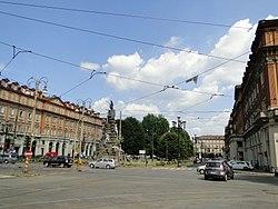 PiazzaStatutoTorino.JPG