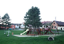 Playing field and village center in Mysletice, Jihlava District.jpg