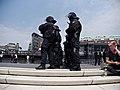 Police-chain during G20 summit in Hamburg 03.jpg