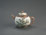 Porslin. Tekanna med lock, blomsterdekor - Hallwylska museet - 89155.tif