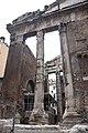 Portico di Ottavia - panoramio (1).jpg