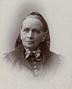 Vilhelmine Ullmann - Image: Portrett av kvinnesaksforkjemper Vilhelmine Ullmann (1816 1915) (24563148423) (cropped)