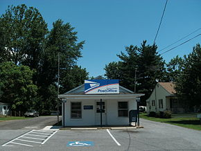 Post office in Sperryville.jpg