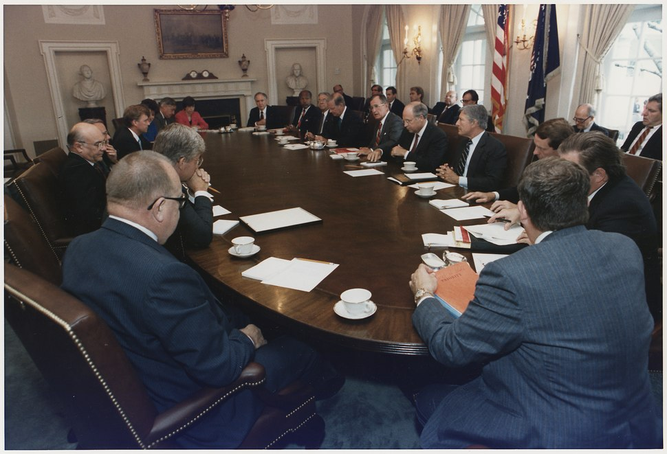 President Bush conducts a full Cabinet Meeting in the Cabinet Room - NARA - 186399