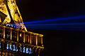 Projecteurs de la Tour Eiffel, 15 déc 2013.jpg