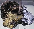 Pyrrhotite-galena-chalcopyrite (Russia) (18697964699).jpg