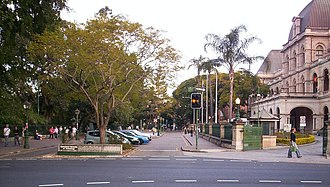 Queensland University of Technology - Entrance to QUT Gardens Point campus.  Parliament House can be seen on the right