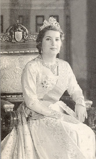 Narriman Sadek - Queen Narriman of Egypt