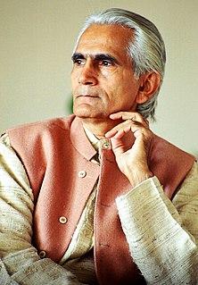 Raghuveer Chaudhari Indian author
