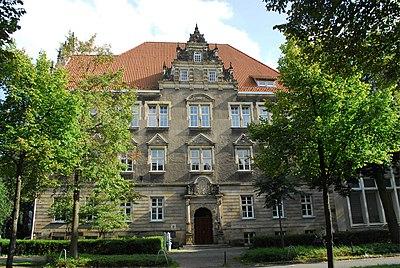 Realgymnasium am Barkhof in Bremen, Parkallee 39 - Am Barkhof.JPG