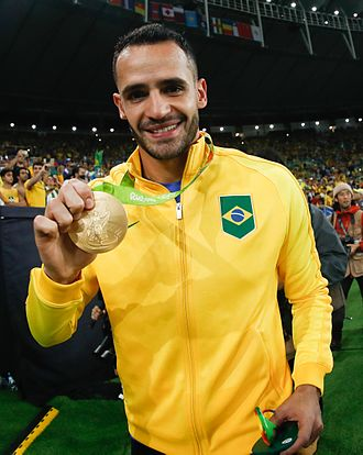 Renato Augusto - Renato Augusto with the gold medal at the 2016 Summer Olympics
