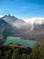 Rinjani volcano 2010 05.jpg