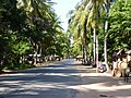 Road to Banteay Srei 1 - panoramio.jpg