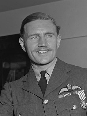 Robert Bateson (RAF officer) - Wing Commander Robert Bateson after being awarded the Dutch Airman's Cross in 1944