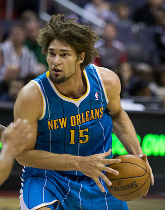 Robin Lopez - Lopez with the Hornets in March 2013