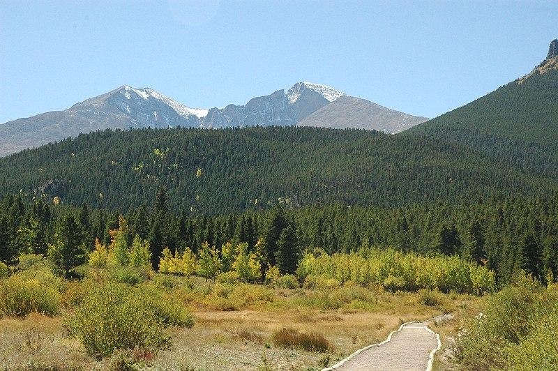 File:Rocky-mountain-scene-942017.jpg