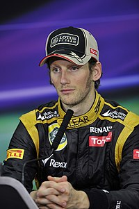 Grosjean under Bahrains Grand Prix 2012.