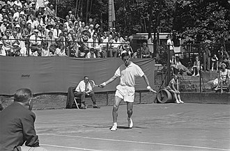 Roy Emerson - Roy Emerson at the 1963 Dutch International Tennis Championships in Hilversum.