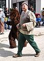 Rutenfest 2011 Festzug Welfenzeit Spielleute Tanzbär.jpg