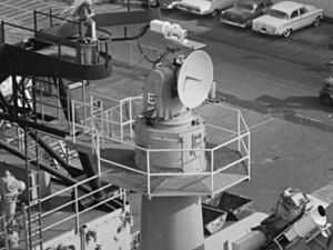 SPW-2 guidance radar aboard USS Oklahoma City (CLG-5), in October 1963 (NH 98688).jpg