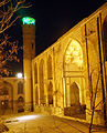 Saheb ol Amr Mosque in night.JPG