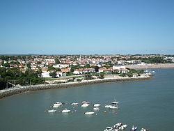 Saint-Georges-de-Didonne depuis le phare.JPG