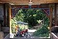 Sakya Man Aung-Mrauk U-22-Zugang-Motorradrikscha-gje.jpg