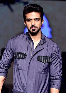 Saqib Saleem walks the ramp at the Lakme Fashion Week 2018.jpg