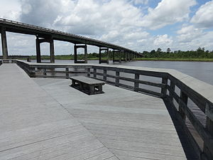 Satilla River - Satilla River Waterfront Park and the U.S. Route 17 bridge in Woodbine, Georgia
