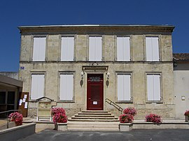 The town hall in Savignac