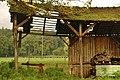 Schuppen mit Kühen im Hintergrund bei dem Museums Radweg, Würm.Rad.Weg - Heckengäu Natur Nah, Skulpturenweg, Sculptoura, Kunst in der Natur - panoramio.jpg