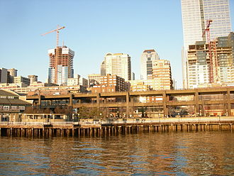 Central Waterfront, Seattle - Waterfront Park and the Alaskan Way Viaduct (2008).