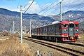 Shinano Railway 115 series Tekuno-Sakaki Station (47496619142).jpg