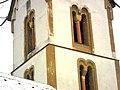 Siefersheim (Rheinland-Pfalz)-Kirchturm von Südwesten-Obergeschosse mit Biforien (eingestellte Rundsäulen mit Würfelkapitell)-24022013.JPG