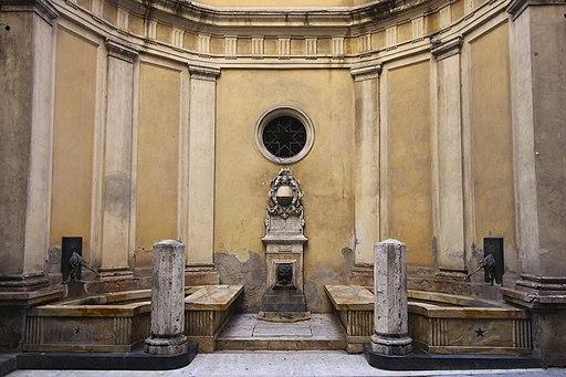 Siena, Fonte di Pantaneto (Fontana del Leocorno)