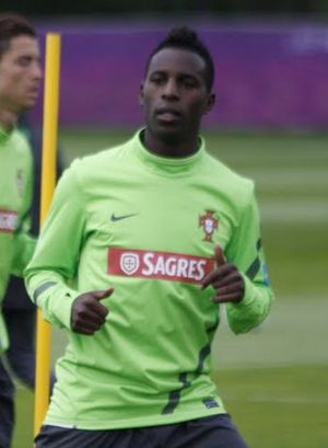 Silvestre Varela - Varela training with Portugal in 2012